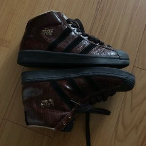 Adidas high top Shellie pro sneakers